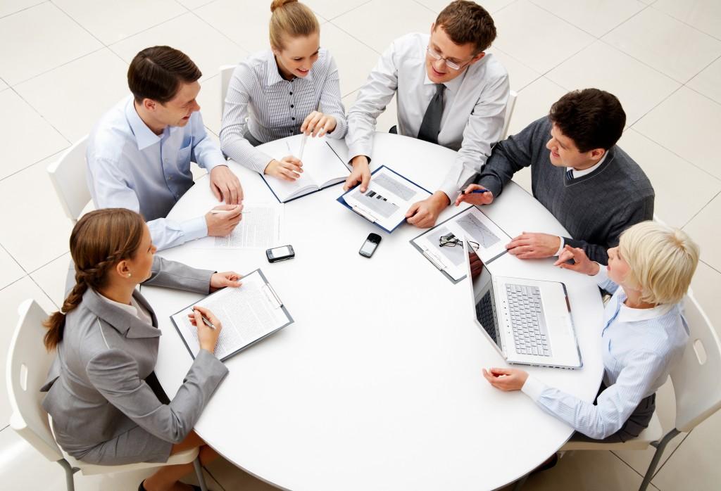 7 rregullat që duhet t i zbatoni në një takim pune