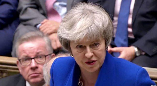 Pas votëbesimit  Theresa May përsëri përballë krizës së Brexit it