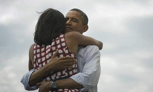 Obama bashkëshortes për ditëlindje  Je unike