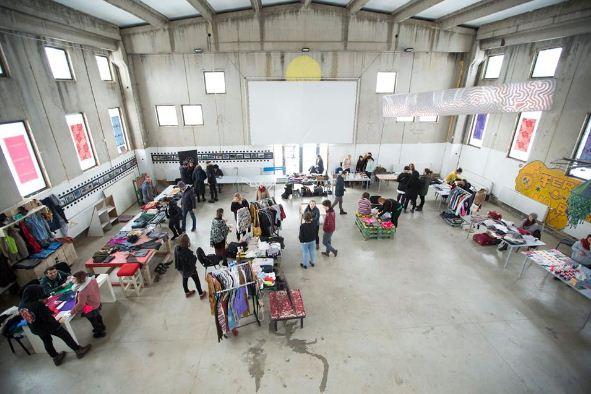 Qendra  Termokiss  blenë ushqim dhe dru për nxehje për gratë dhe fëmijët në strehimore