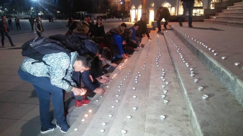 Në Prishtinë ndizen qirinj për viktimat e sulmit në Zelandën e Re