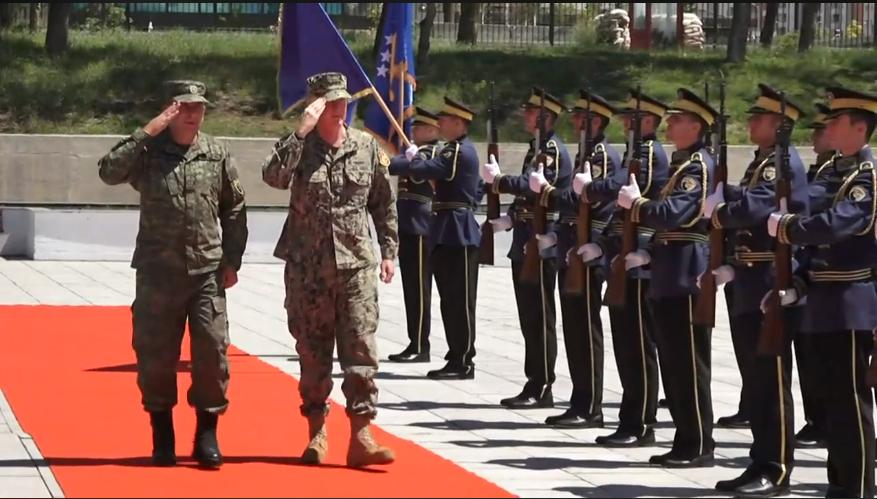 Admirali Foggo  Transformimi i FSK së  të jetë i koordinuar ngushtë me NATO n dhe bashkësinë ndërkombëtare