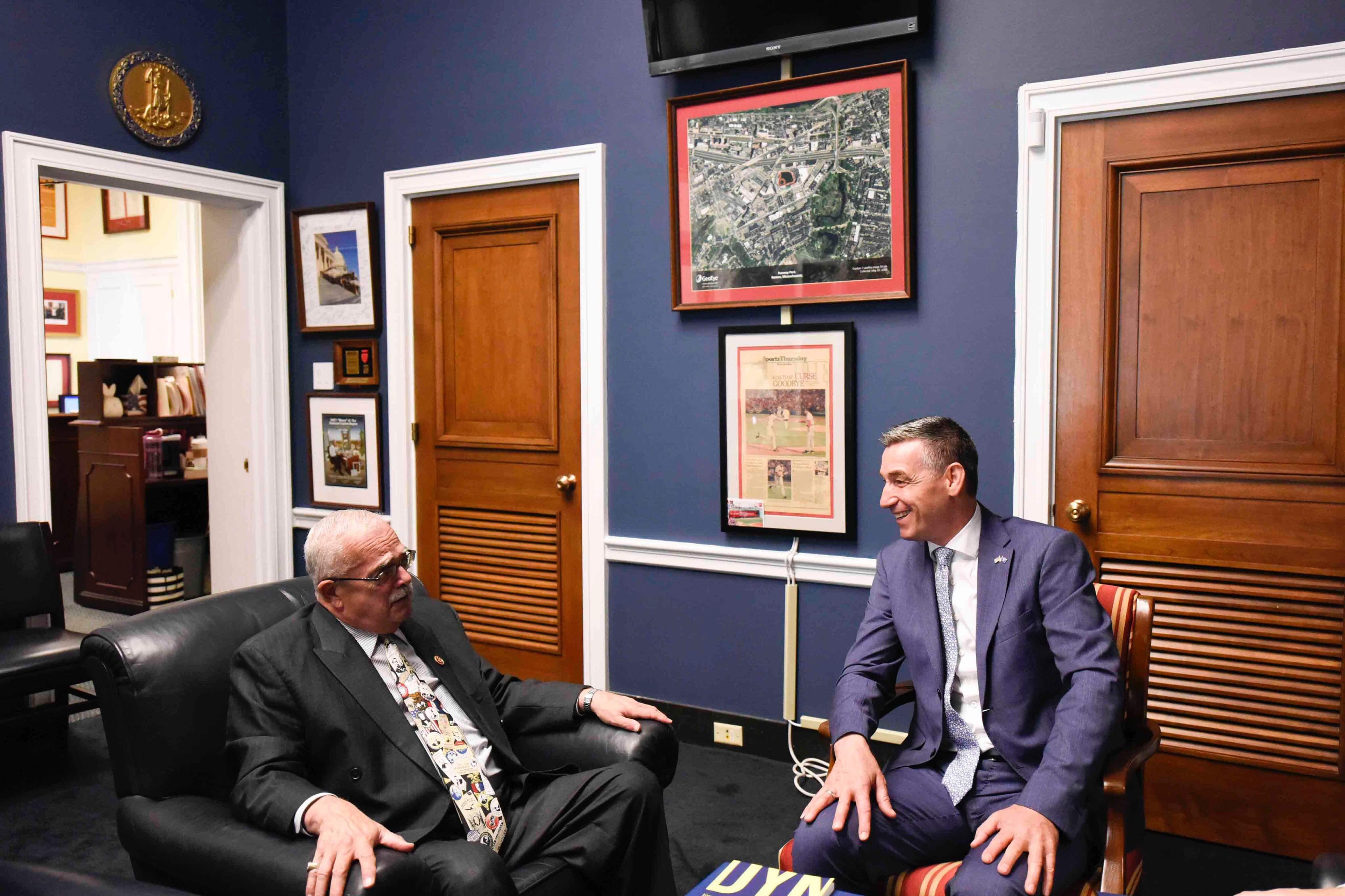 Veseli takon kongresmenin amerikan Gerald E  Connolly  flasin për të ardhmen e Kosovës në NATO