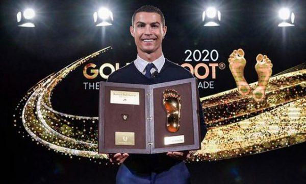 """Ronaldo e fiton çmimin """"Këmba e Artë"""""""