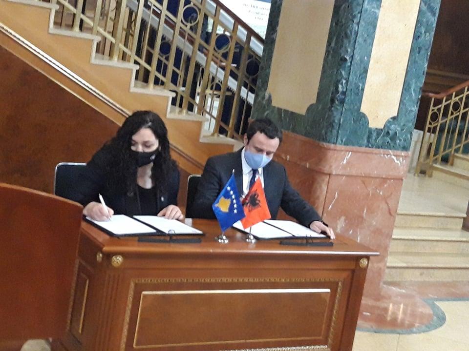 Zyrtare: Vjosa Osmani garon në listë të përbashkët me Vetëvendosjen